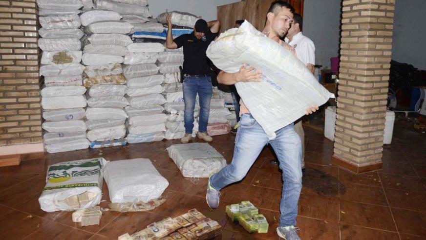 Paraguay: Imputan a tres personas por el caso de los billetes venezolanos