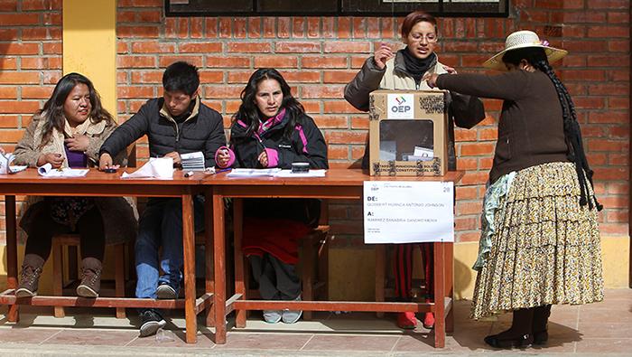 Más de 6,5 millones de votantes fueron llamados a acudir a las urnas.