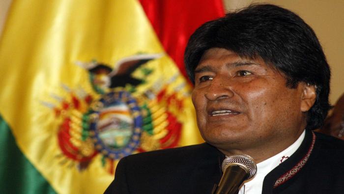 Pueblo boliviano defiende la democracia, afirma Evo Morales