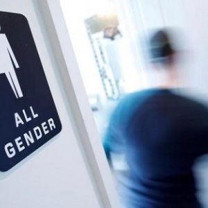 Trump Expected To Reverse Trans Students Bathroom Rights News Telesur English
