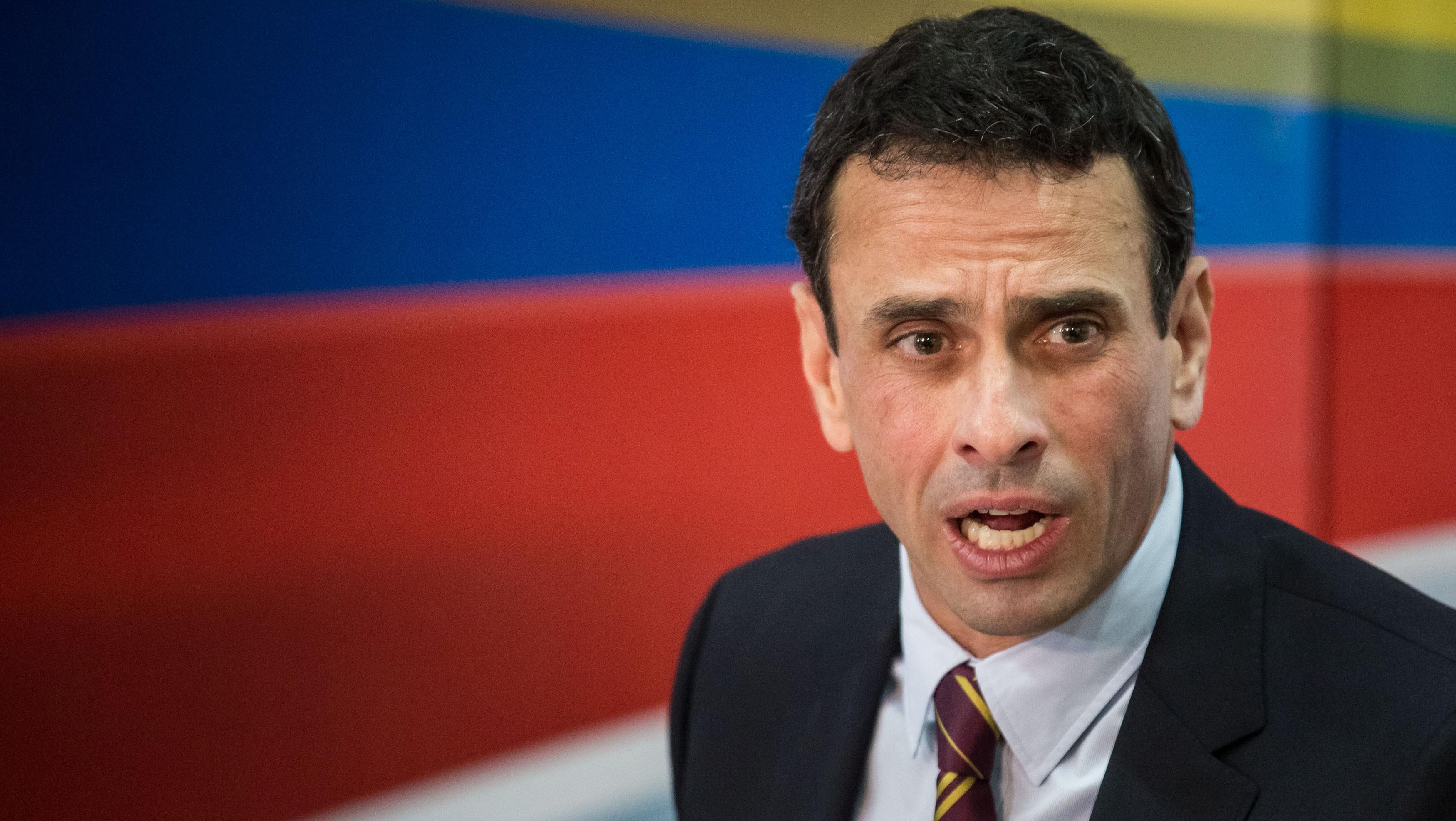 El gobernador del estado Miranda niega las acusaciones en su contra.
