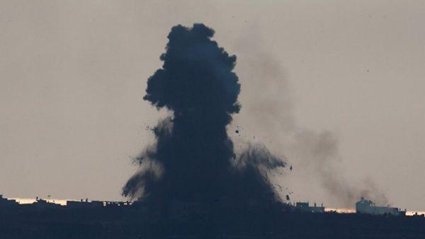 Los aviones bombardearon con misileslas regiones del norte, centro y sur de la Franja de Gaza.