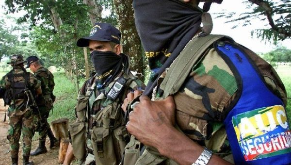 Members of the infamous right-wing Colombian paramilitary AUC