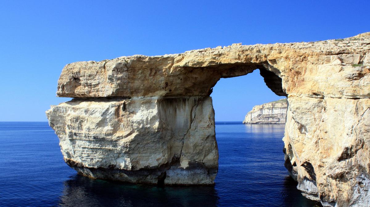 Icónica formación natural de Malta se derrumba al mar