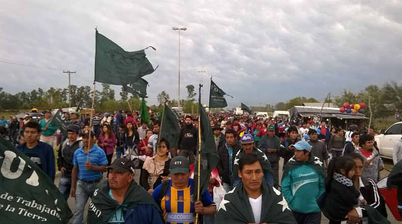 Las marchas son acompañadas por diferentes organizaciones, entre ellas, el Movimiento Evita, Barrios de Pie, la Corriente Clasista y Combativa (CCC) y la Confederación de Trabajadores de la Economía Popular (CTEP).