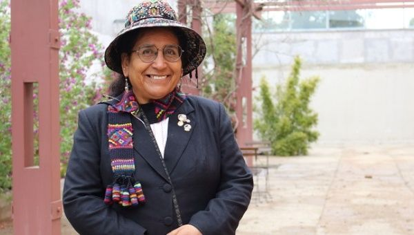 Prof. Carmen Escalante Gutiérrez before presenting her thesis on Indigenous resistance during Peru