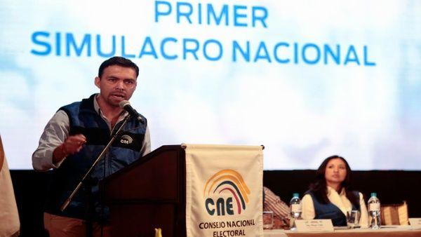 Califican de exitosa jornada de simulacro nacional electoral en Ecuador