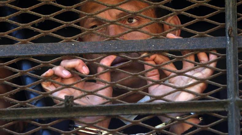 Los reclusos amenazaron con matar a otro monitor, e incluso quemarlo si las autoridades no aprueban sus demandas.