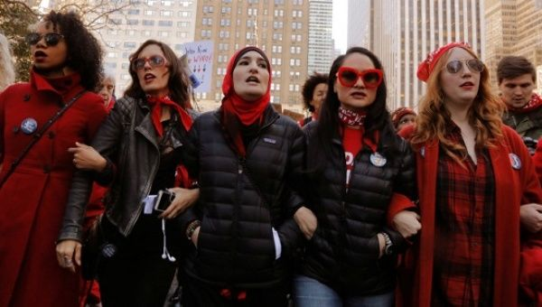 Women's March Organizers, Shakira Beat Trump as 'Great ...