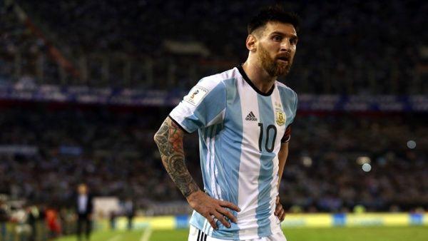 El argentino no estará para los compromisos frente a Venezuela y Perú en casa ni para el vital encuentro frente a Uruguay.