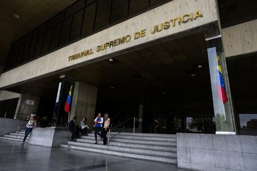 La Junta directiva de la AN se niega a acatar la sentencia del TSJ que pide desincorporar a los tres diputados electos bajo condiciones irregulares en el estado Amazonas.
