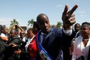 Haitian President Jovenel Moise gestures at his arrival to the National Palace during his inauguration ceremony in Port-au-Prince, Haiti, Feb. 7, 2017.