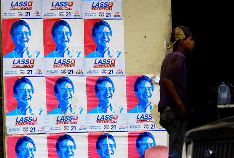 Conservative opposition candidate and former banker Guillermo Lasso has promised widespread privatization and tax cuts as the basis for creating 1 million jobs.