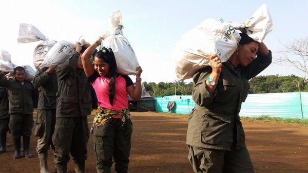 El envío incluyó alimentos, carpas, kits de aseo y frazadas para los damnificados por la tragedia.