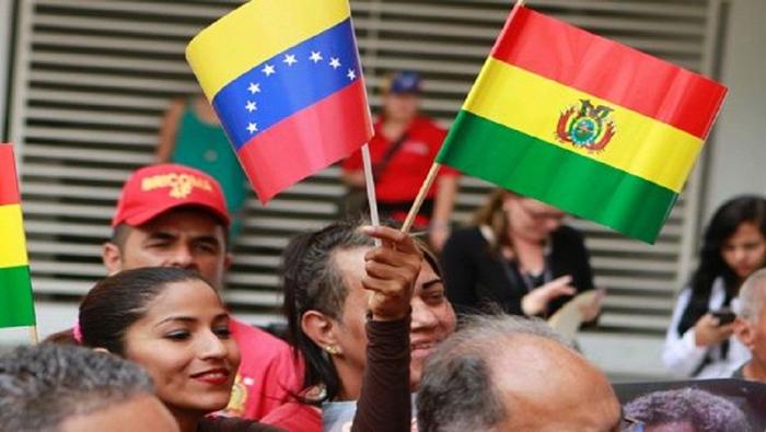 Bolivianos rechazan acciones injerencistas hacia Venezuela