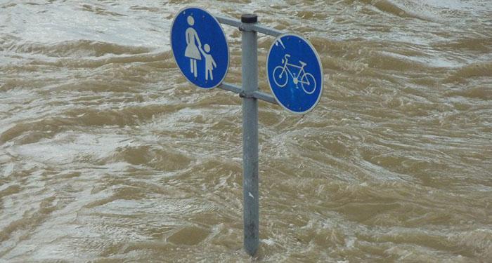 800 desplazados y 500 evacuados por inundaciones en Uruguay