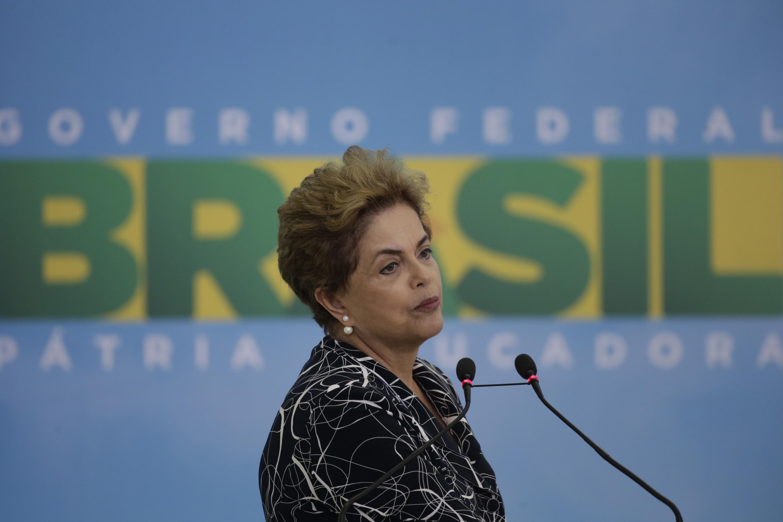 Rousseff presenta este lunes pruebas que demuestran carácter ilícito del impeachment