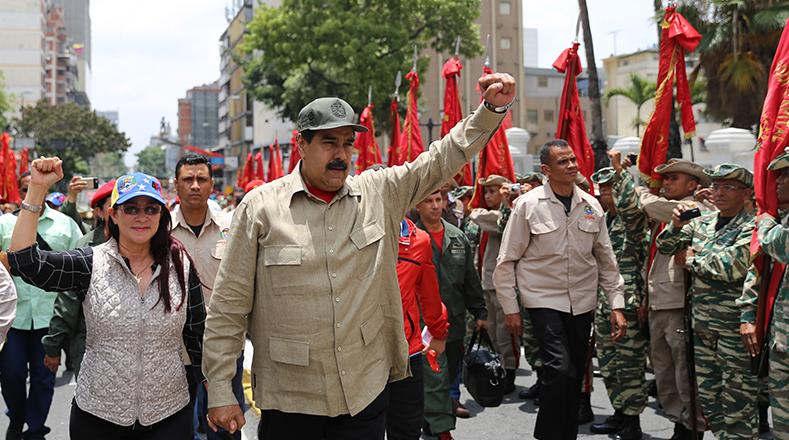 El presidente Nicolás Maduro aprobó este lunes los planes para expandir las 199 áreas de la Milicia Nacional Bolivariana para elevar su apresto operacional en actividades de defensa integral de la Nación.