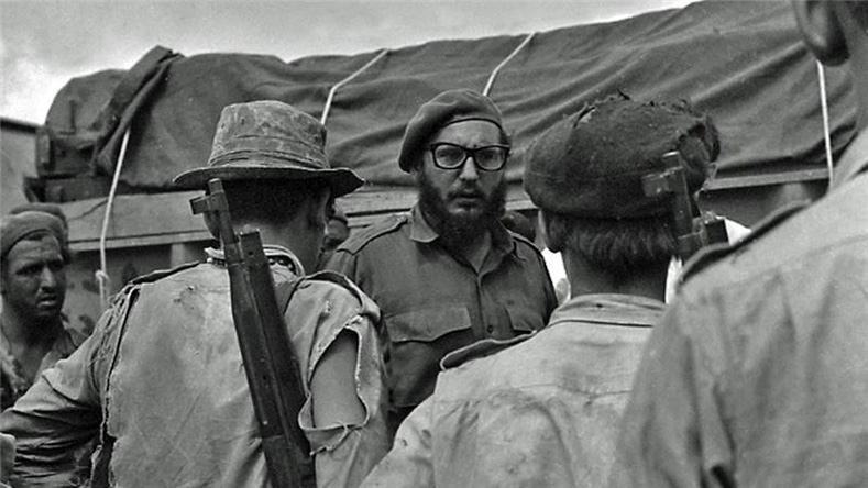 Fidel Castro talks to Cuban soldiers after the CIA-backed troops came ashore at the Bay of Pigs.