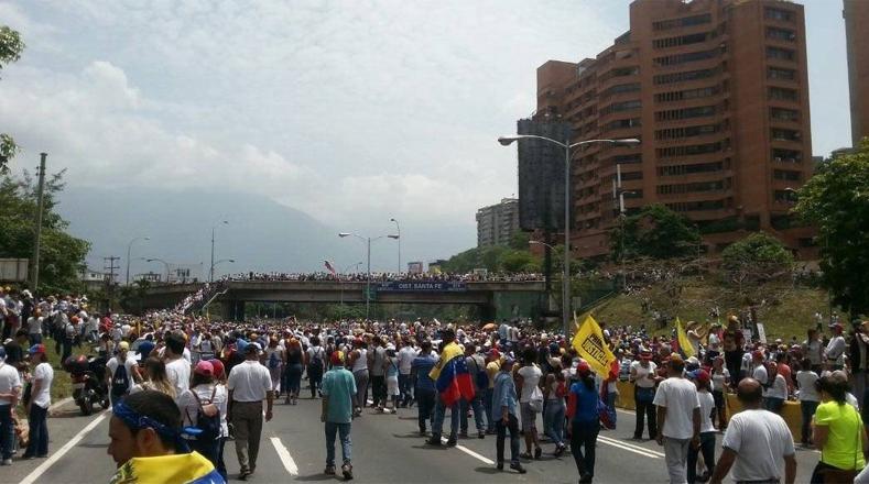 """La oposición venezolana hasta ahora, según palabras del vicepresidente de Venezuela, se ha caracterizado por convocar a """"actos terroristas de carácter violento y criminal""""."""