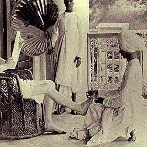 5 Ways The British Empire Ruthlessly Exploited India