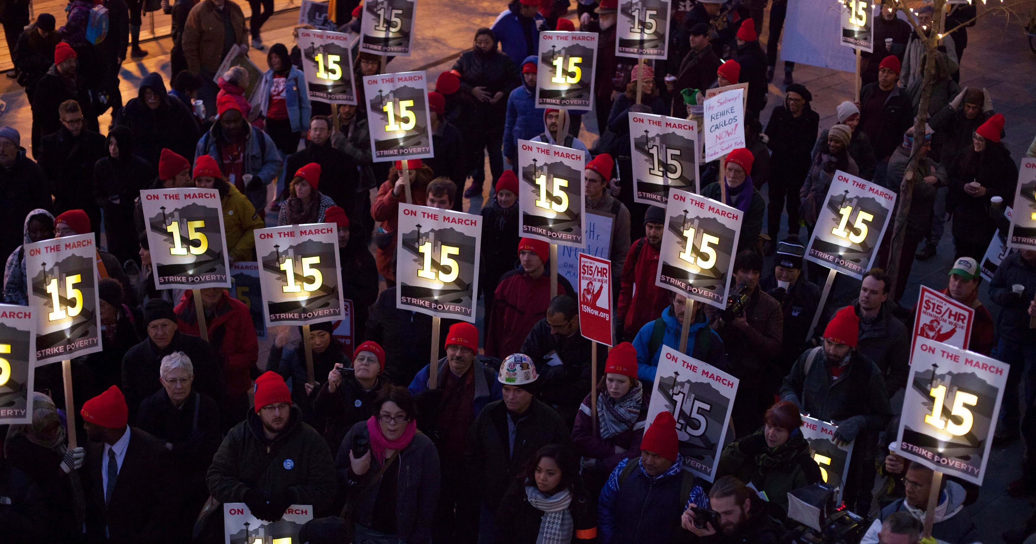 Demonstrators rally to raise the hourly minimum wage to US$15 for fast-food workers.