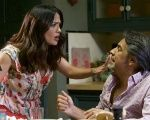 U.S.-Mexican actress Salma Hayek (L) and Mexican actor Eugenio Derbez during a scene of