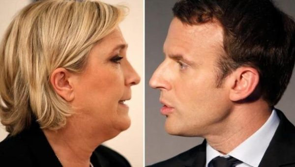 Marine Le Pen (L) and Emmanuel Macron (R).