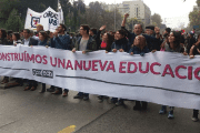 Chilean students march for free quality public education and against massive student debts in Santiago, May 9, 2017.