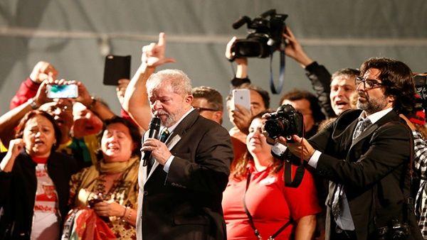 Anuncia Lula que se prepara como candidato a la Presidencia de Brasil (+ Fotos)