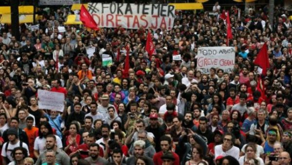 Protests against Michel Temer.