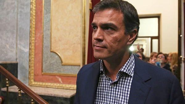 Pedro Sánchez figuraba como favorito en las encuestas.