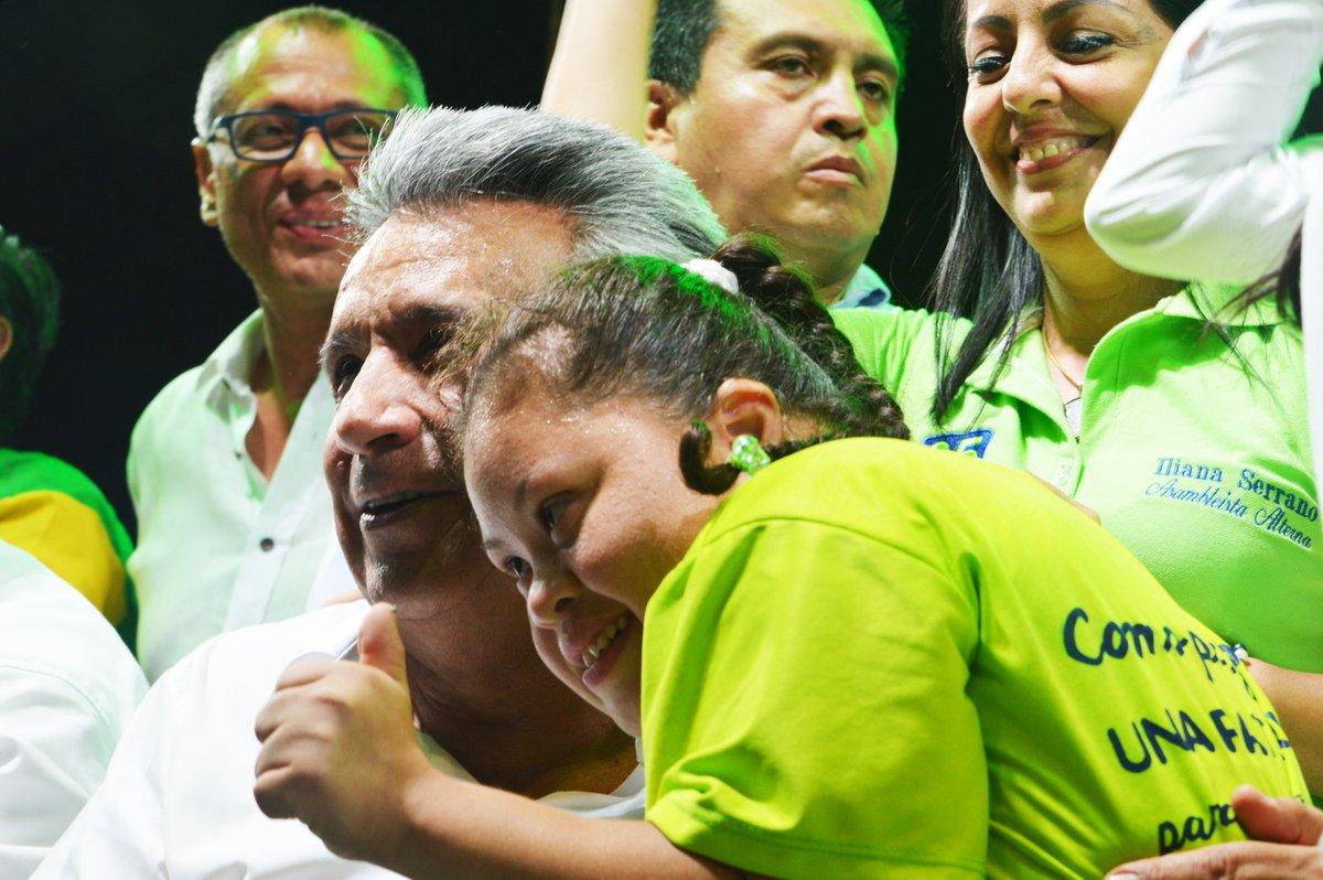 Moreno inicia plan para beneficiar a 2 millones de ecuatorianos