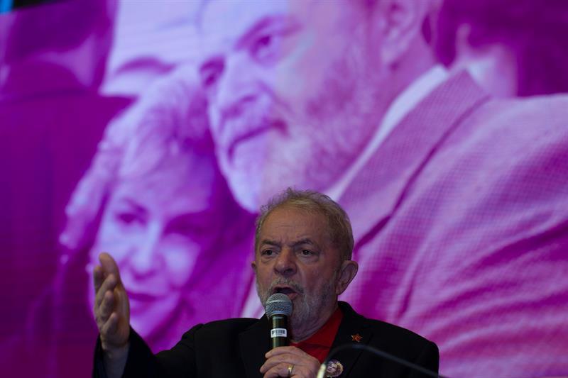 Lula a militantes del PT: Vamos a volver a gobernar en Brasil