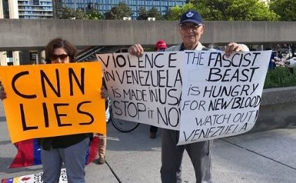Canadians Rally in Support of Venezuela