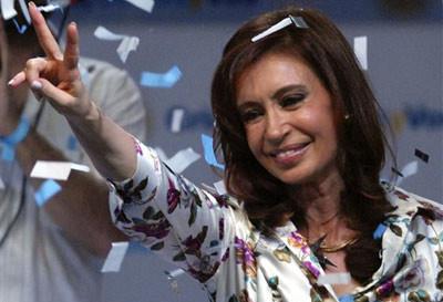 Confirman candidatura de Cristina Fernández