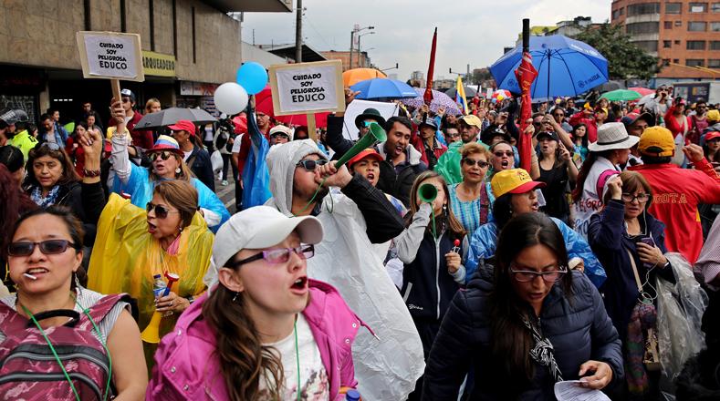 Este lunes la organización ratificó que las manifestaciones continuarán en todas las regiones de Colombia debido al paro de profesores que se mantiene desde el 11 de mayo de 2017.