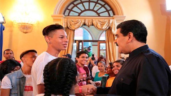 La Misión Hogares de la Patria contribuye con aquellas familias que no tienen ingresos suficientes para satisfacer sus necesidades primarias.