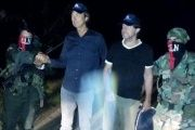 The two Dutch journalists were freed unharmed by the ELN, seen in a photo posted by the Ombudsman office.