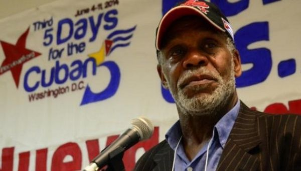 "Danny Glover speaking at a rally in support of the ""Cuban 5""."