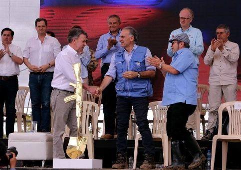 Concluye en Colombia proceso de dejación de armas de las FARC-EP