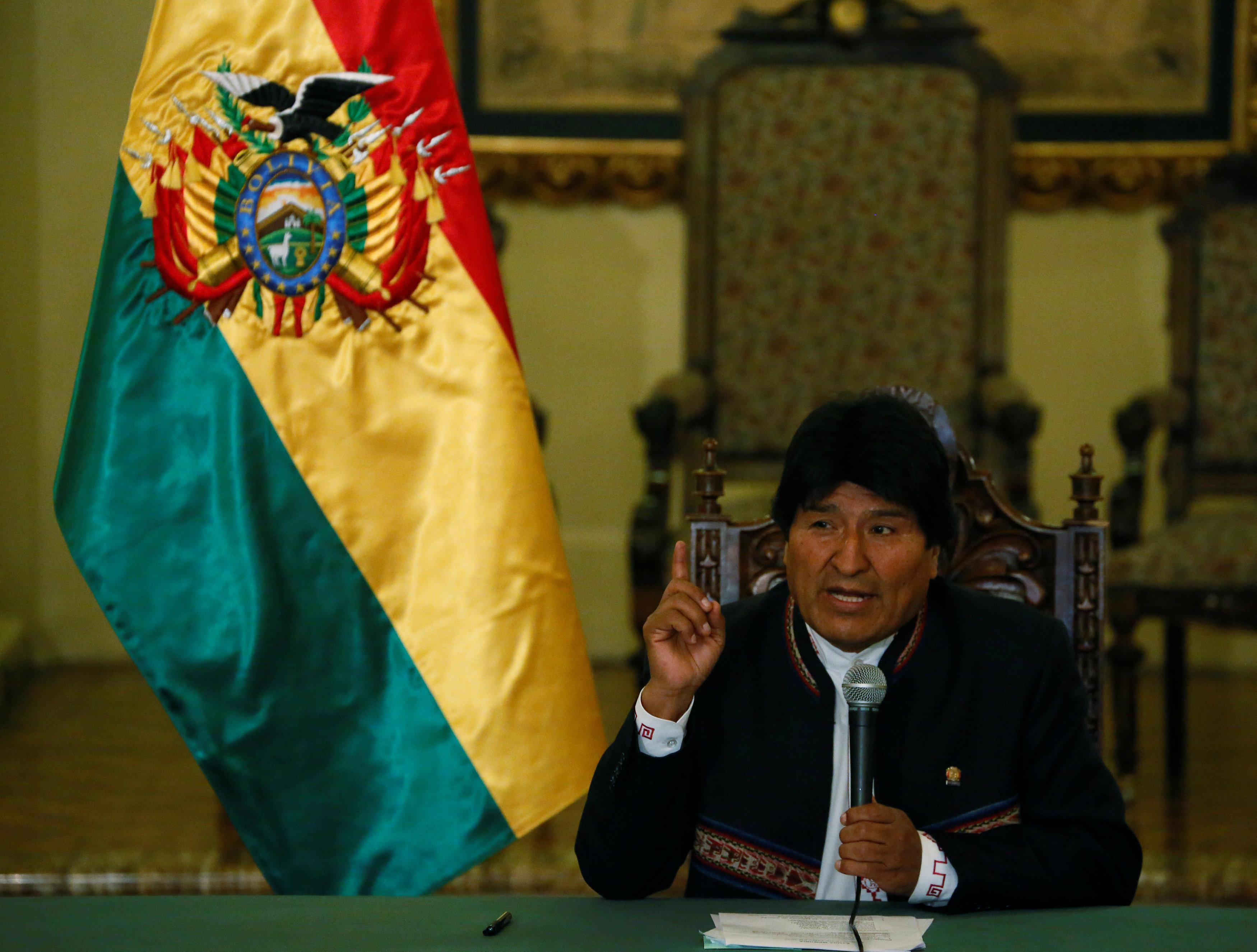 Evo pide a Trump cerrar Guatánamo y dar ejemplo