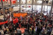 Members of Brazil's Homeless Workers Movement (MTST) occupy the entrance of Congonhas Airport in the general strike in Sao Paulo, Brazil, on June 30, 2017.