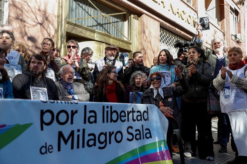 Personalidades del mundo piden a Macri liberar a Milagro Sala