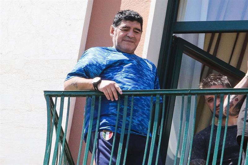 Nápoles otorga ciudadanía honorífica a Maradona