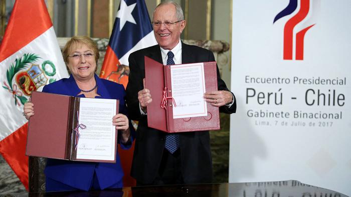Perú y Chile firman 14 acuerdos de cooperación en Lima