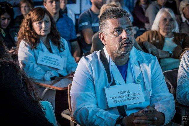 Maestros de Buenos Aires van a paro el próximo martes