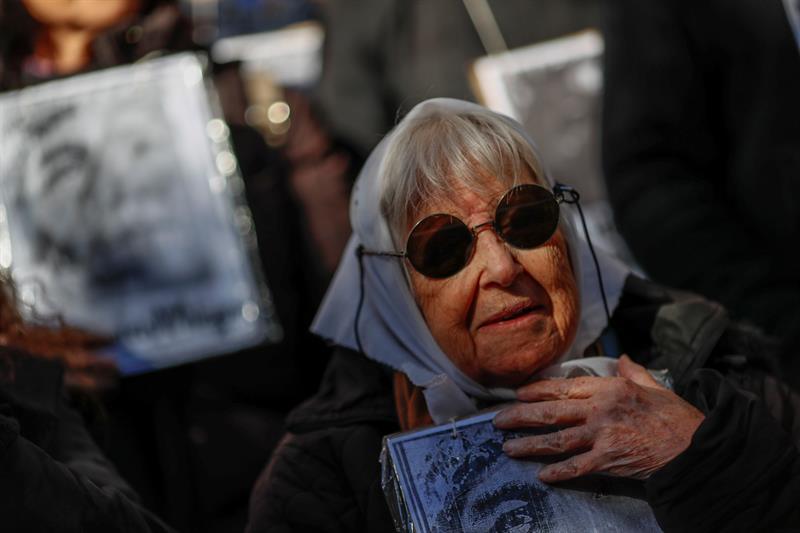 Cierre de Fundación Madres de la Plaza de Mayo no se concretó
