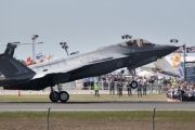 A Lockheed Martin Corp F-35 stealth fighter jet lands at the Avalon Airshow in Victoria, Australia, on March 3, 2017.