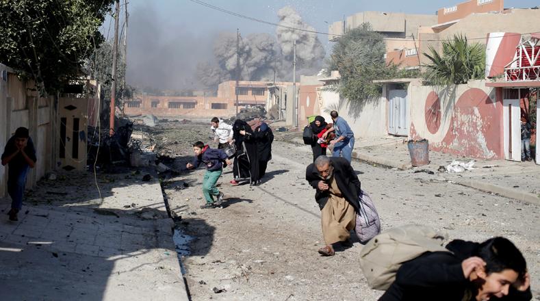 """Mosul fue la ciudad más grande ocupada en Iraq por el Estado Islámico en su ofensiva hace tres años, cuando el grupo terrorista declaró su """"califato"""" sobre partes contiguas del territorio iraquí y sirio."""